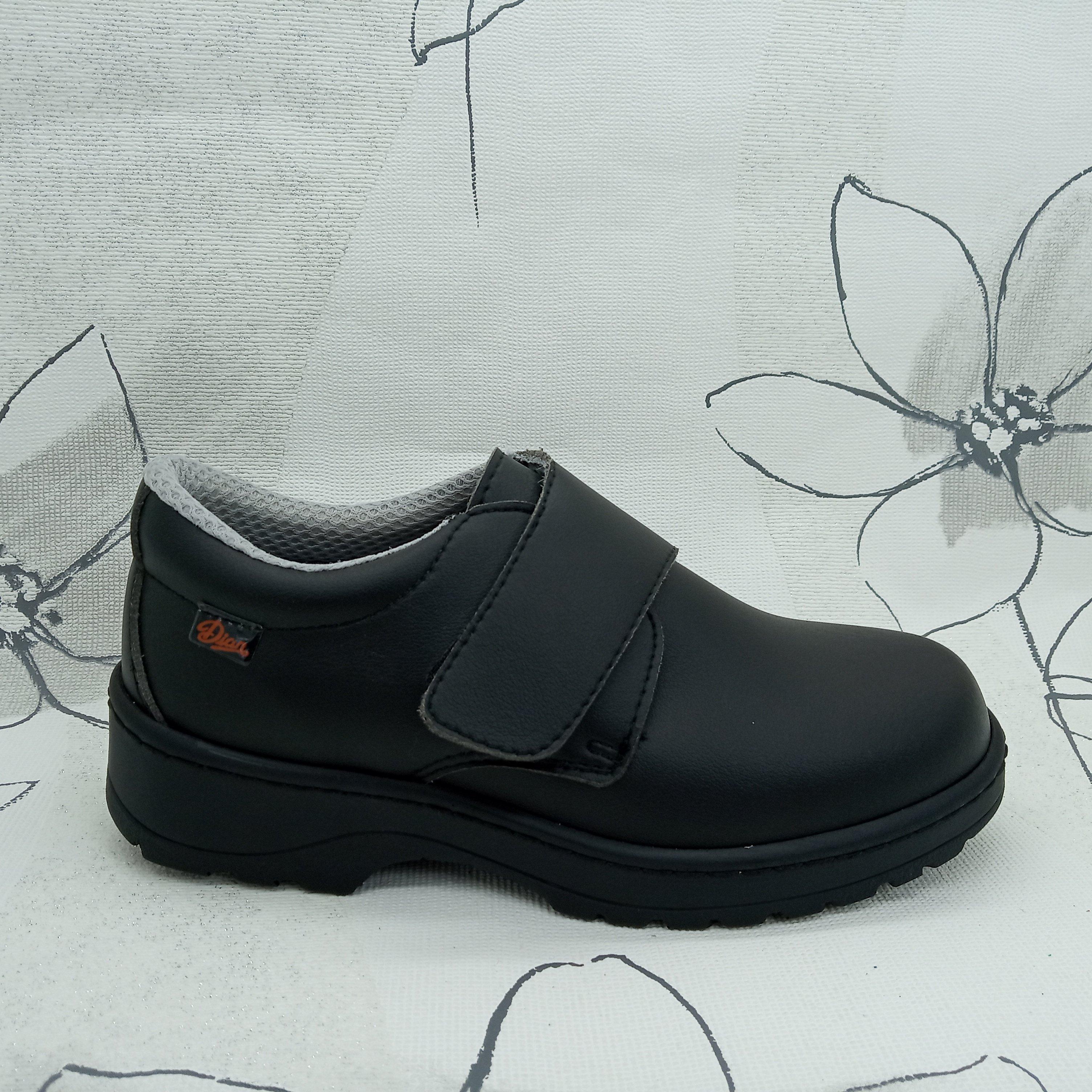 Zapato de trabajo con cierre velcro negro -Marca Dián