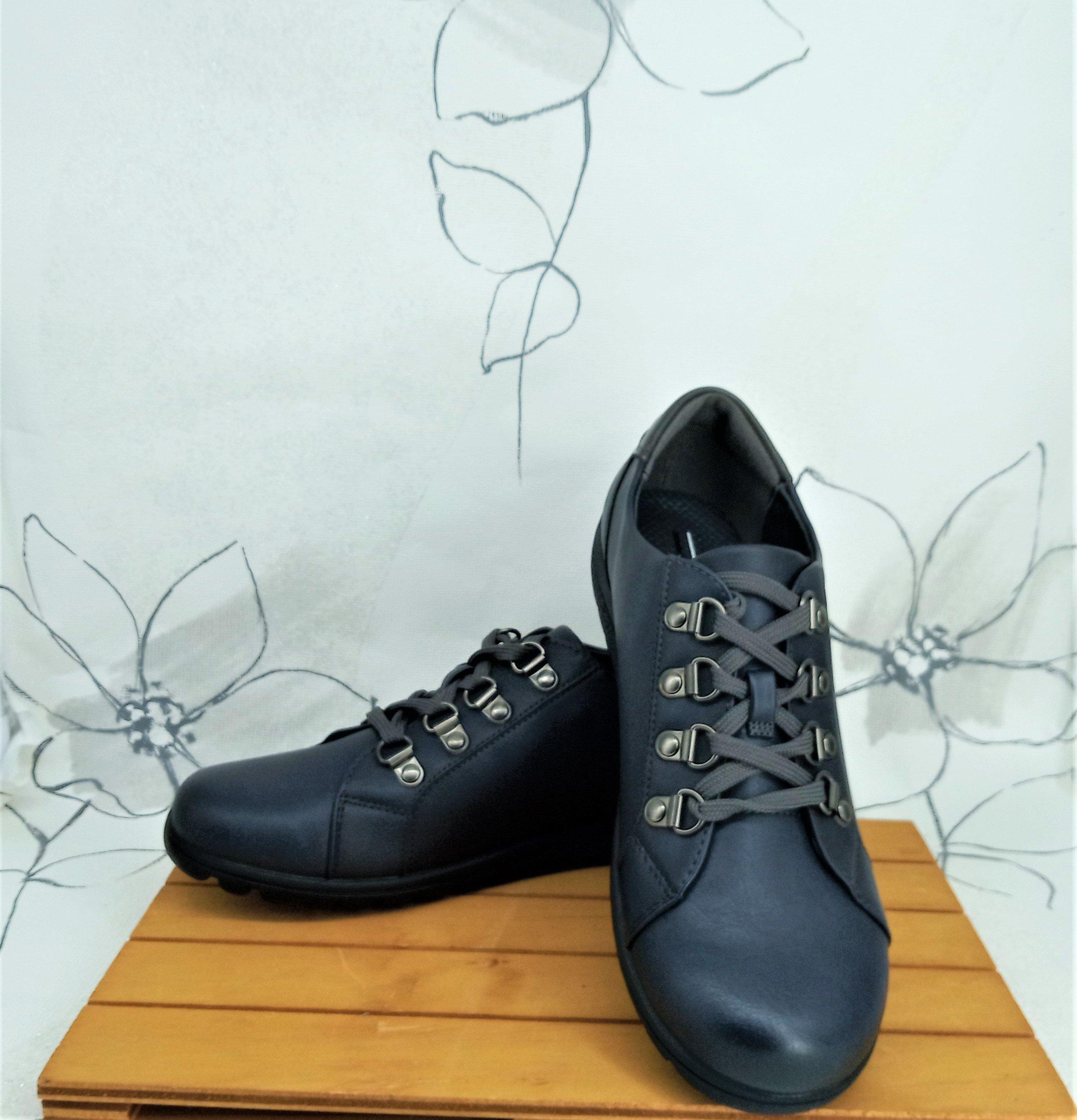 Zapatillas de señora planas con cordones azul