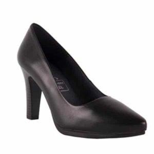zapatos-de-tacon-negros-en-piel