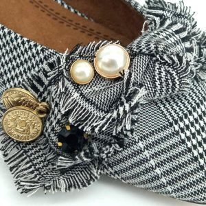 zapato-plano-estampado-con-perlas