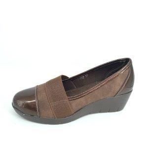 zapatoa-de-cuña-marrones-de-charol