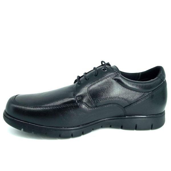 zapatos-negros-de-trabajo-en-piel