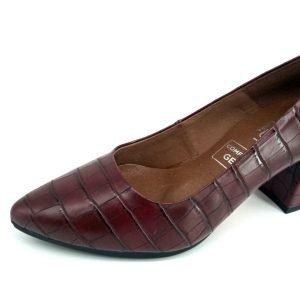 zapatos-de-tacon-grabados-burdeos