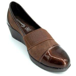 zapatos-marrones-de-cuña
