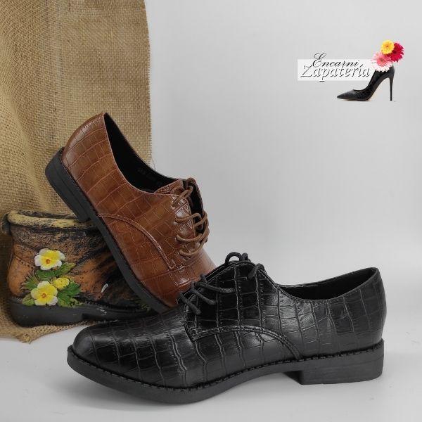 Zapato Plano de Mujer con Cordoneras Negro y Camel