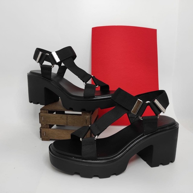 Sandalias Plataforma para Mujer   Tendencia moda en Sandalias verano 2021
